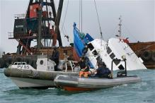 Hong Kong: Boat collides with ferry, 36 dead