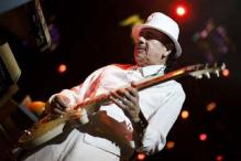 Carlos Santana enthralls Indian fans at Bangalore