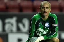 Watch: Leeds fan attacks Sheffield goalkeeper