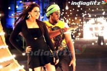 First Look: Hansika Motwani, Vishnu Manchu in Telugu film 'Denikaina Ready'