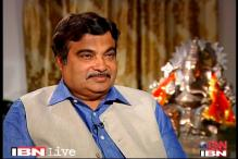 We will support Mamata's no-trust motion: Gadkari