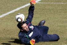 Injured Vucinic and Buffon out for Juventus