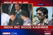 Kashmir University students give a thumbs-up to Rahul's visit