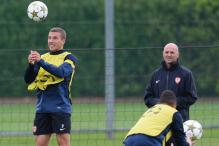 'Goetze, Podolski will be fit for Ireland tie'