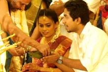 Actor-director Vineeth Sreenivasan ties the knot