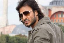 Vivek to do dark intense love story with Balaji