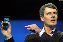 RIM CEO sees BlackBerry 10 powering growth