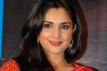 Divya Spandana is keen to learn politics