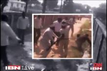 Kejriwal takes the battle against Khurshid to his home turf