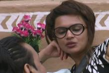 Bigg Boss 6: Santosh flirts with Aashka