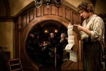 Superheroes, Bond, hobbits vie for effects Oscar
