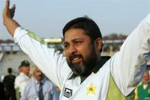 PCB approaches Inzamam, Akram for special camps