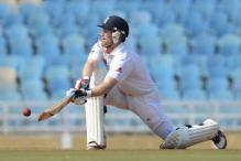 Mum A v Eng XI, Day 1: as it happened