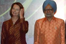 OMG! What is PM Manmohan Singh wearing at ASEAN?