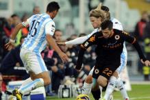 Serie A: Roma win 1-0 at Pescara on coach Zeman's return