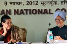 Sonia asks Cong leaders to explain reforms to people
