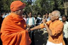 Agnivesh manhandled for remarks against Hindu god Shiva