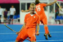 Netherlands rout Pak 5-2 to enter Champions Trophy final