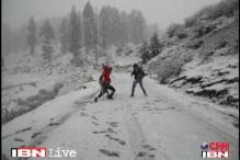 As mercury dips, it's skating season in Shimla