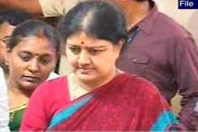 Karuna asked me to turn against Jaya, says Sasikala