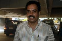 Vengsarkar, Wadekar defend Dhoni
