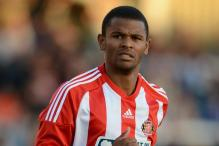Sunderland striker Campbell moves to Cardiff