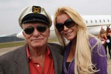 Hefner marries Crystal Harris on New Year's Eve