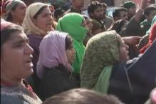 J&K: Women arrested without lady constables, locals protest