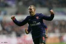 Arsenal held 2-2 by Swansea in FA Cup 3rd round