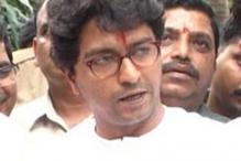 Raj Thackeray backs ACP Dhoble over hawkers' morcha