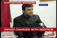 Hyderabad: Owaisi's aides clash with media, policemen