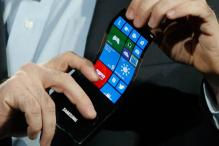 CES 2013: Samsung shows off phone with a flexible screen