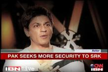 Police review SRK's security as India, Pak spar over issue