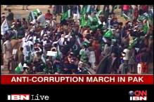 Pakistan: Cleric leads million-man march to Islamabad