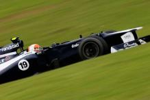 Williams to run last year's car at first F1 test