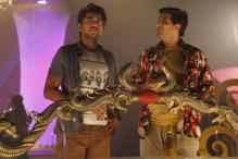 Watch Ayushmann direct Kunal Roy Kapoor in 'Nautanki Saala'