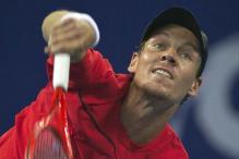 Tomas Berdych beats Tobias Kamke to reach Dubai quarter-finals