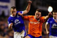 Everton beat Oldham 3-1 to reach FA Cup quarter-finals