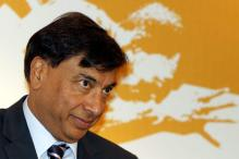 Lakshmi Mittal's salary in 2012 almost flat at $1.77 mn