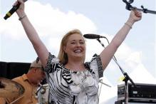 Singer Mindy McCready dies in apparent suicide