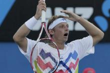 Nalbandian begins Brazil Open with 3-set victory