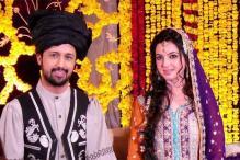 Snapshot: Atif Aslam to marry girlfriend Sara Bharwana