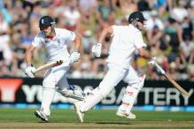 2nd Test: Compton, Trott star for England on Day 1