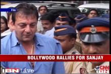 Salman Khan comes out in support for Sanjay Dutt