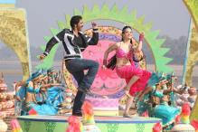 'Himmatwala' review: It's deathly dull with puerile humour