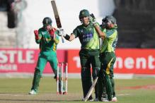 4th ODI: Farhat, Misbah help Pakistan win a thriller
