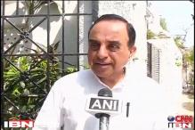 Karunanidhi scared of Jayalalithaa: Subramanian Swamy