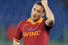 Roma captain Francesco Totti wants new contract