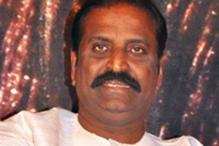 Tamil lyricist Vairamuthu receives Ilakkiya Chinthani award