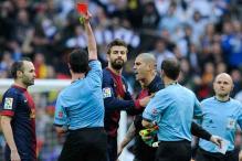 Barcelona goalie Victor Valdes suspended for four La Liga games